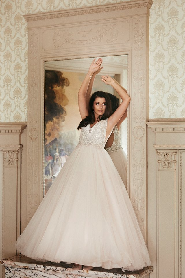 fdac957aceff Mrs. Paulina in Allure Bridals wedding dress from salon Abiu - Slubne.pl