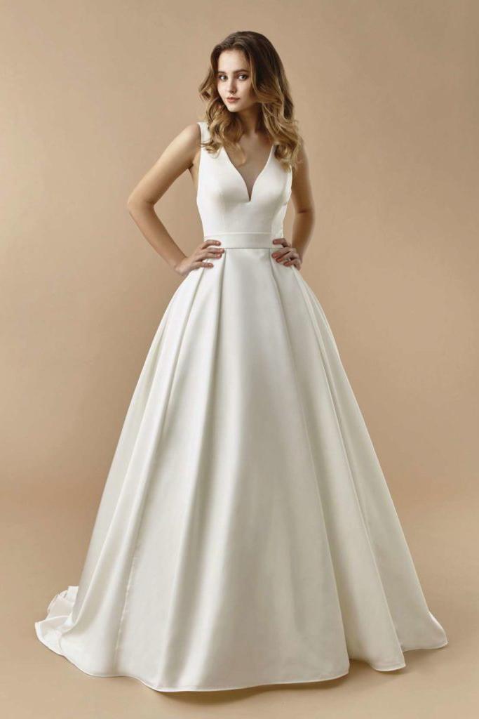 Suknia ślubna z satyny